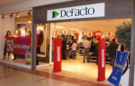 Defacto, C&A'nın 22