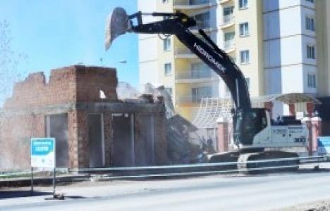 Malatya Yeşilyurt Belediyesi toplam 7 binayı yıktı!