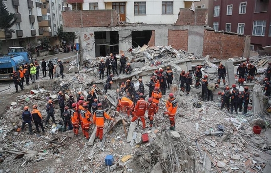 Kartal'daki binanın çökmesinin