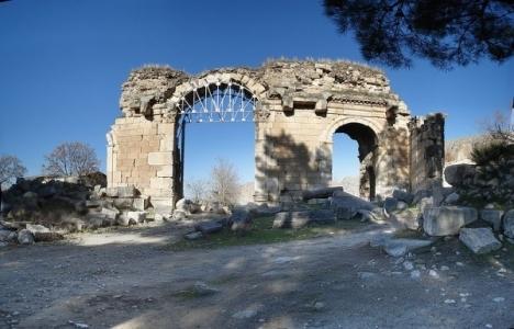 Anavarza Antik Kenti'nde kazı çalışmalarına başlandı!
