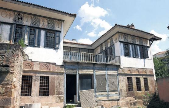 Çanakkale'deki Hadımoğlu Konağı
