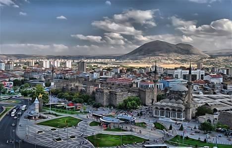 Kayseri'de 2 milyon 551 bin TL'ye satılık arsa!
