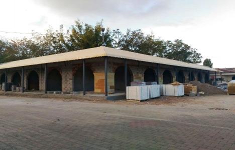 Avanos Belediye Dükkanları'nın taş kaplaması yapılıyor!