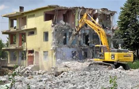 Riskli yapı tespitinde ise İzmir ikinci sırada!