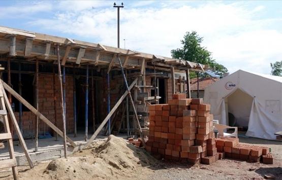 Kırklareli Belediyesi 4 kez evleri yanan aileye yeni ev inşa ediyor!