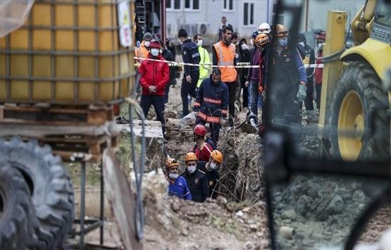 Ankara'da inşaat alanındaki toprak kayması sonucu ölen işçilerin sayısı 2'ye yükseldi!