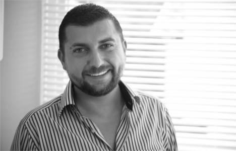 Emre Azer www.emlakkulisi.com'un Satış ve Pazarlama Koordinatörü oldu!