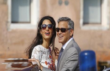 George ve Amal Clooney mülteciler için okul açacak!
