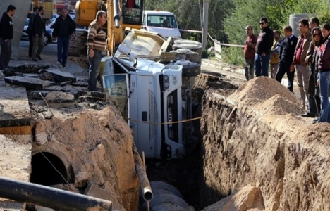 Eskişehir'de göçük: 1 yaralı!