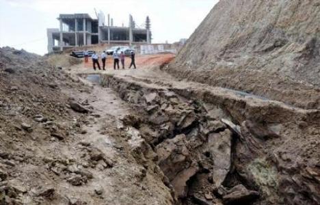 Bitlis'te altyapı çalışmasında göçük: 1 işçi öldü!