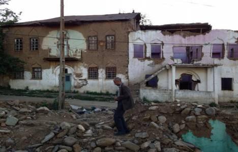 Muş'taki Ermeni yapılarının durumundan bahsedildi!