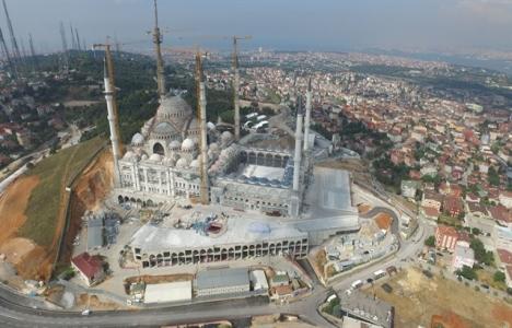 Çamlıca Camii'nde geri