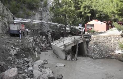 Hatay'da sel nedeniyle 291 kişi tahliye edildi!