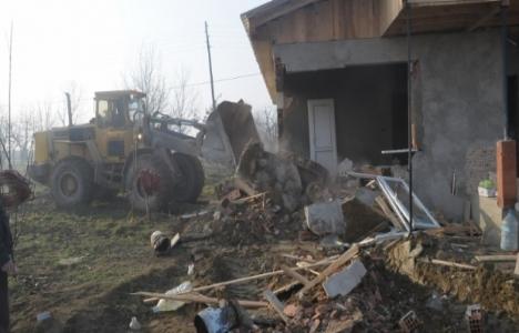 İnegöl'de 3 kaçak yapının yıkımı tamamlandı!