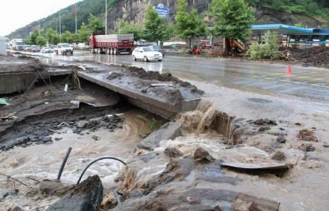 Tekirdağ'da şiddetli yağış nedeniyle ev ve iş yerlerini su bastı!