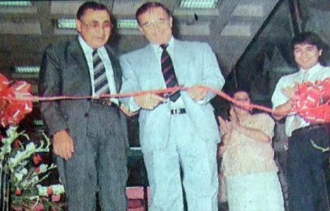 1990 yılında Nova Baran Plaza hizmete açılmış!
