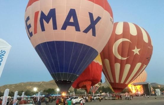 RE/MAX sıcak hava balonuyla Kapadokya'daydı!