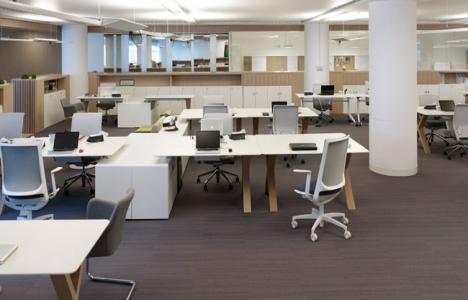 Koleksiyon verimliliği artıracak mobilya üretiyor!