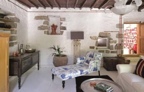 Nihan ve Okan Buruk evlerinin kapısını Maison Française dergisine açtı!