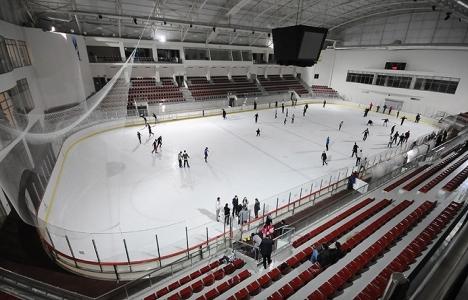 Kağıthane Belediyesi buz pisti 45 günde tamamlanacak!