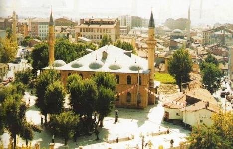 Çorum'daki Ulu Cami ibadete açılıyor!