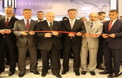 Türkiye'nin en büyük seramik showroomu hizmete açıldı!