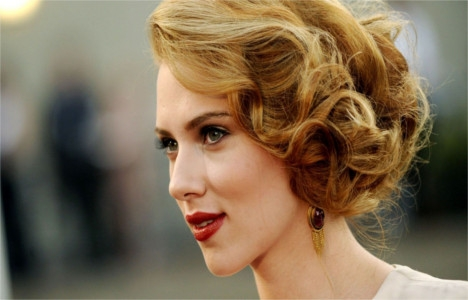 Scarlett Johansson 3,8