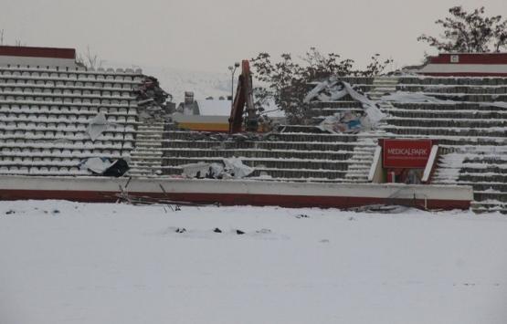 Elazığ Atatürk Stadı yıkılıyor!