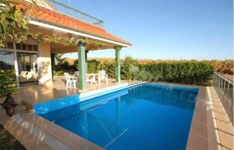 Elçi Tur'dan aileye özel havuzlu tatil imkanı!