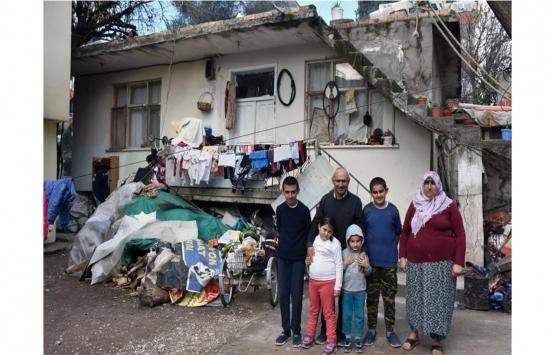 Kumluca'da park alanına yapılan kaçak ev yıkılıyor!
