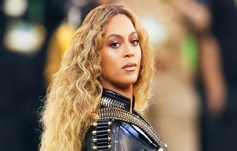 Beyonce Hollywood'daki evini