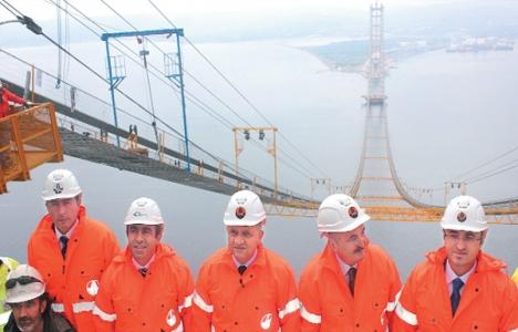 İzmit Körfez Köprüsü'nde kabloların döşenmesi Kasım'da bitecek!