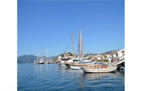 Marmaris'te belediye marinaları