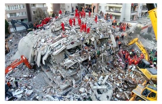 Deprem sonrası fırsatçılar İzmir'de kiraları yüzde 30 artırdı!