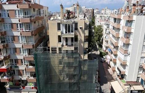 Antalya'daki metruk bina
