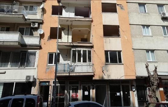Şehzadeler'de boşaltılan 7 katlı bina yıkılıyor!