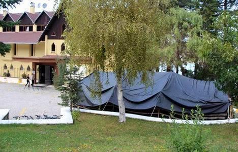 Suudi Emir Khalid Bin Seaidan otel kapattı bahçesine çadır kurdu!