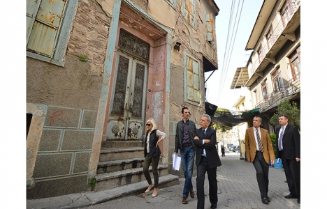İzmir Tarih Projesi'nde