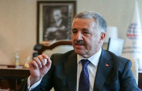 Ahmet Arslan: Havalimanı