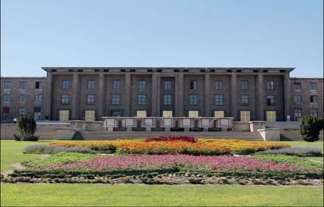 Meclis'te yeni binadaki