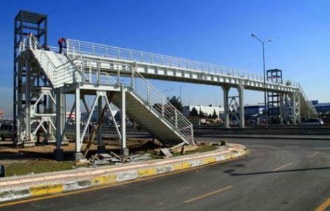 Kocaeli Fuar Merkezi'ne yaya köprüsü inşa ediliyor!