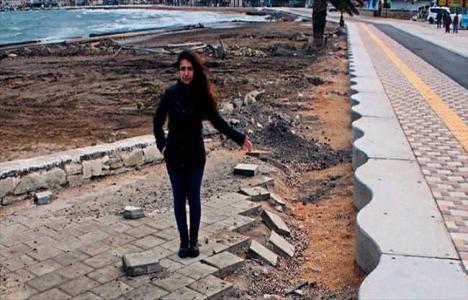 İzmir Foça'da kıyı düzenlemesi 3 ayda bozuldu!