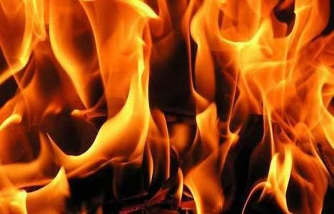 Beşiktaş'ta bir binanın çatısında yangın çıktı!