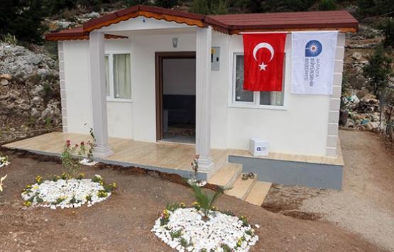 Antalya Büyükşehir'den barakada