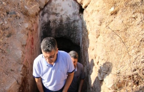 Şanlıurfa'da tarihi kaya mezarları turizme kazandırılacak!