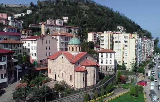 Giresun'daki eski kilise binası 30 yıldır tarihe ev sahipliği yapıyor!