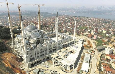 Çamlıca Camii'ne 220