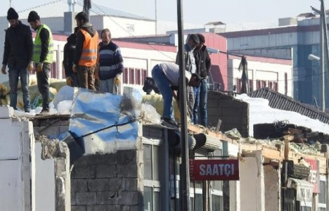 Erciş'te kentsel dönüşüm yıkımları başladı!