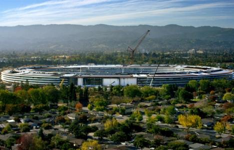 Apple Park Nisan'da tamamlanacak!