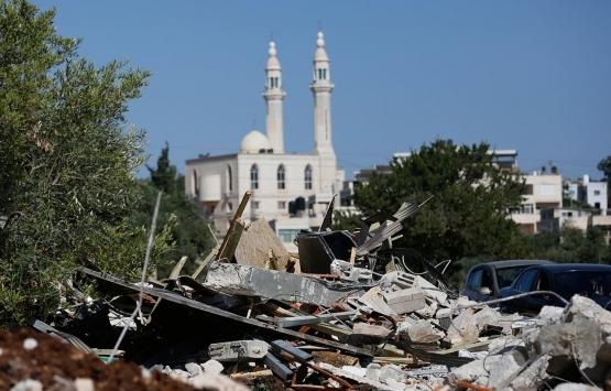 İsrail Kudüs'te bir Filistinliye evini yıktırdı!